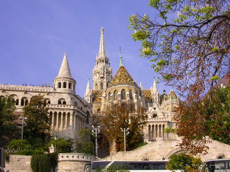 Budapest Old Town Attractions – 8 Sites you Shouldn't Miss