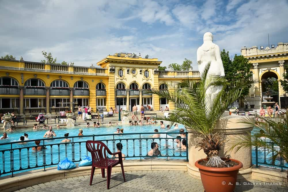 View of the outdoor pool at Szecheni Baths, one of the Pest side attractions