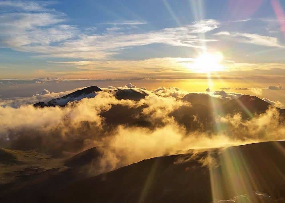 Sunrise at Haleakala Crater – What You Should Expect Atop Maui's Highest Peak