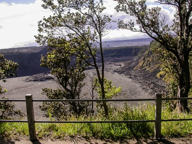 Kilauea Iki Trail – Hiking Into the Heart of Kilauea Crater in Hawaii