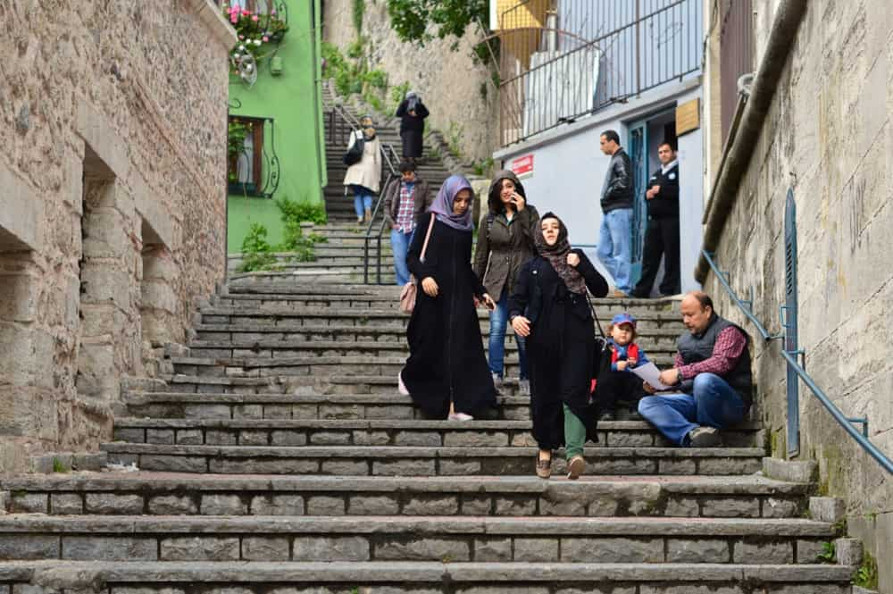 Alley in Istanbul - tips for visiting the city