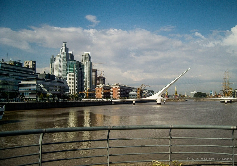 The Weekly Postcard: Women's Bridge in Puerto Madero