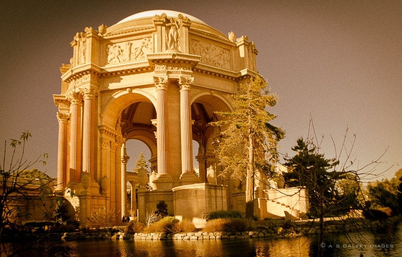 The Weekly Postcard: The Exploratorium in San Francisco