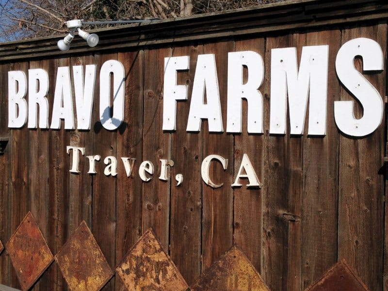 The Weekly Postcard: Lunch at Bravo Farms