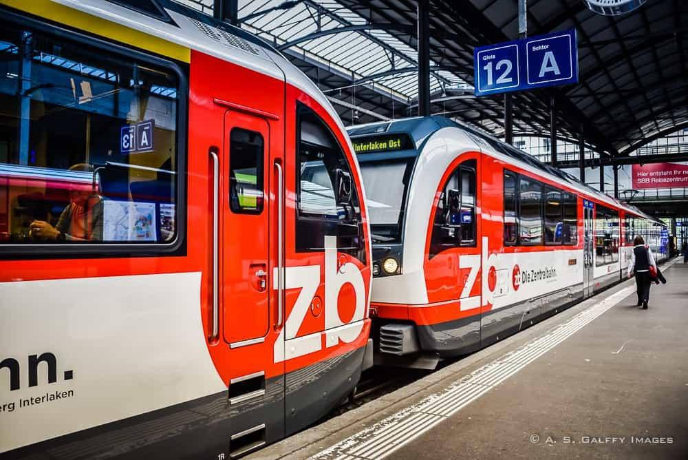 train from Lucerne to Interlaken via the Golden Pass Line