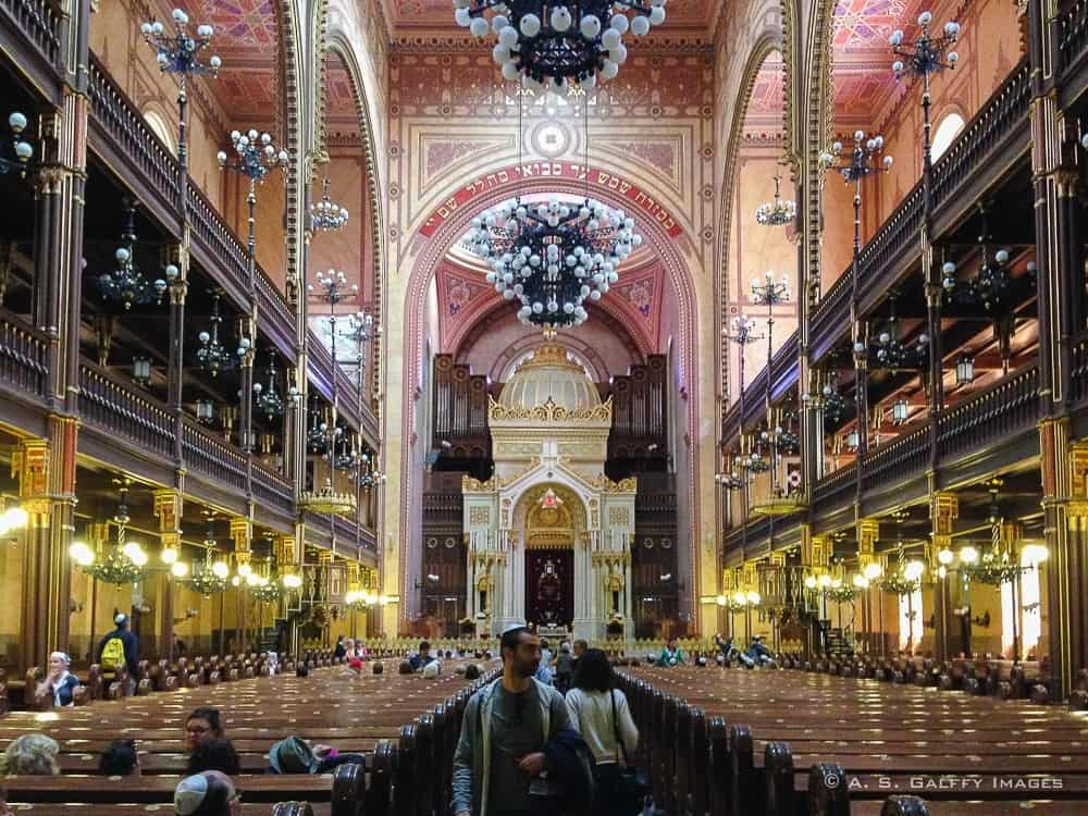 A Walk Through Jewish History at the Great Synagogue in Budapest