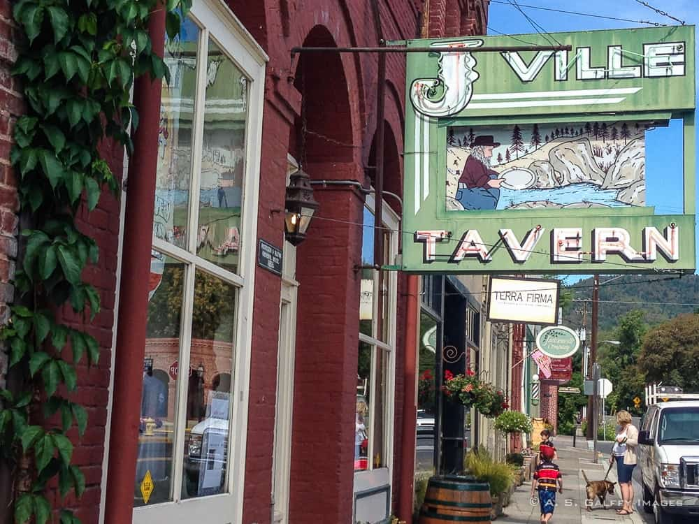 The Weekly Postcard: Jacksonville, the Gold Rush Town of Oregon