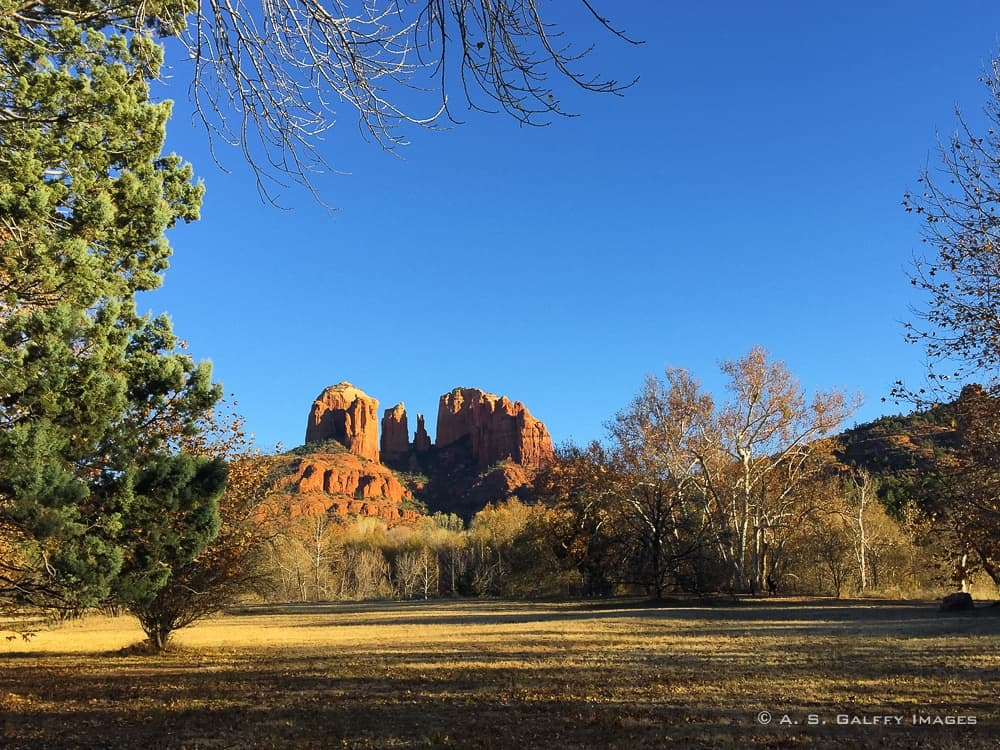 Cathedral Rock viewed from the Red Rock Crossing