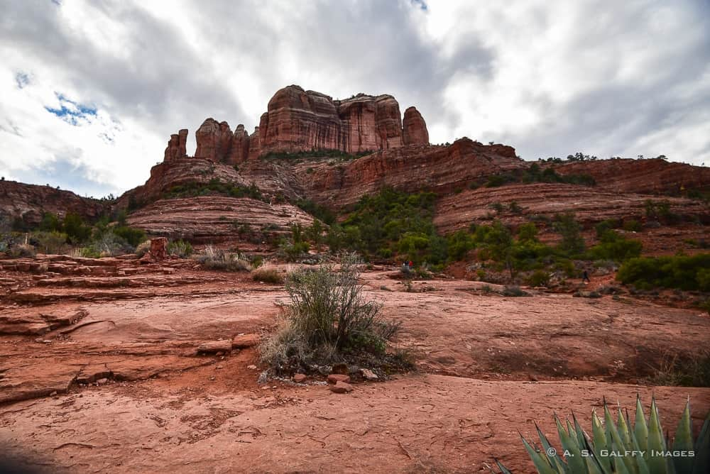 Sedona Hiking Trails: Visitor Guide to the Cathedral Rock Trail