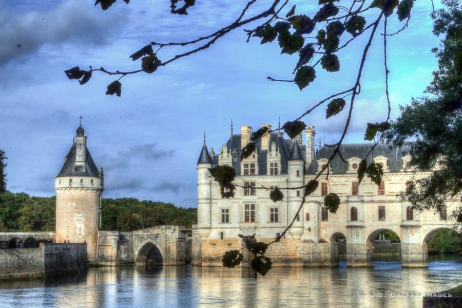 Chenonceau castle in the Loire Valley - Europe bucket list
