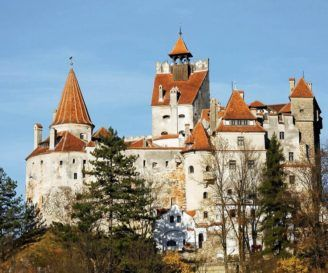10 Great Castles and Fortresses in Romania That You Should See