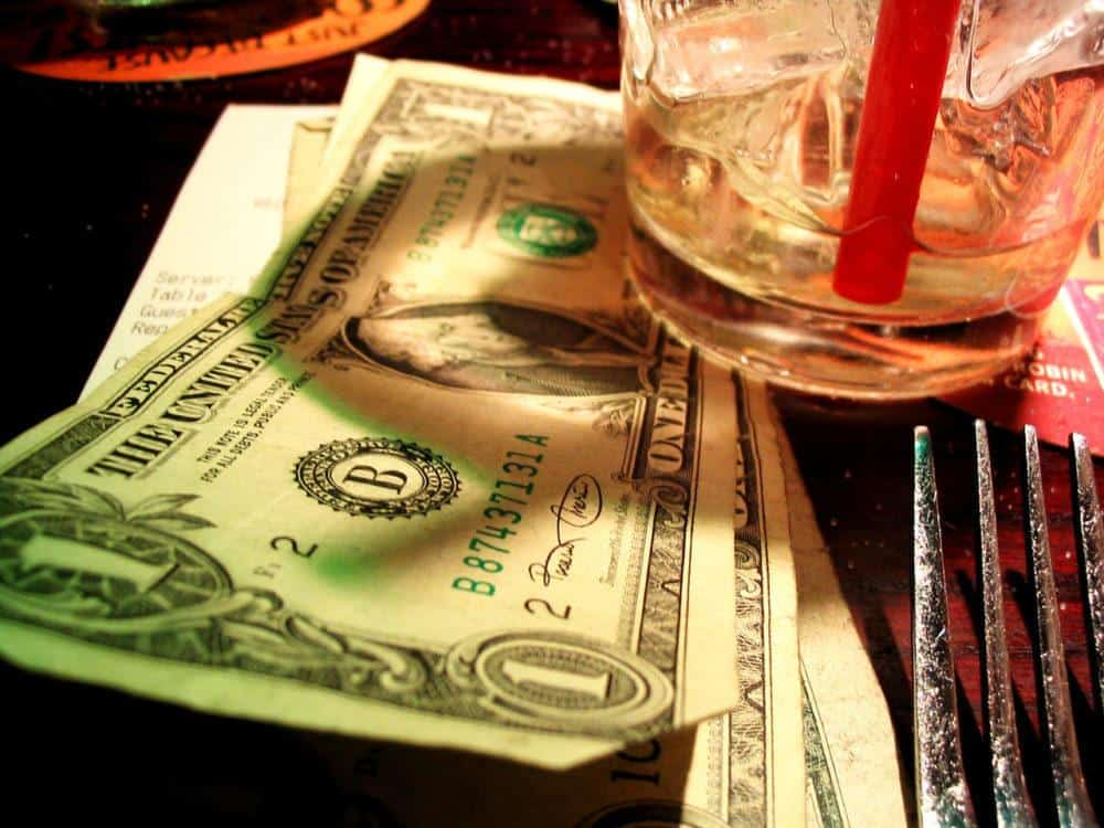 money left on the table for tipping in the USA