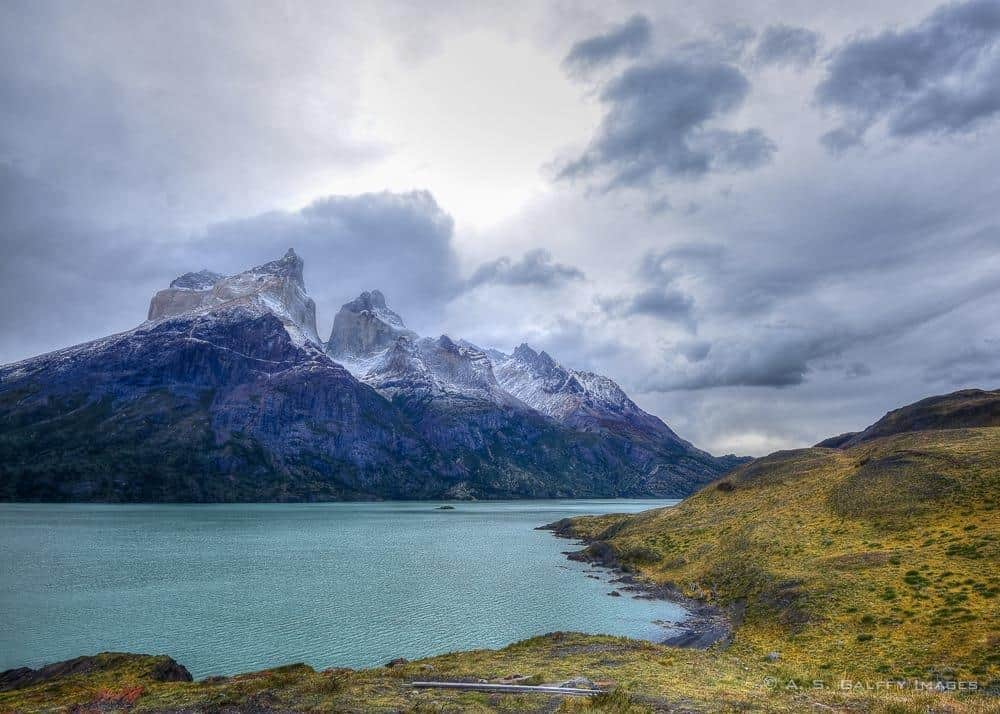 Los Cuernos del Paine, one of the easy day hikes in Torres del Paine