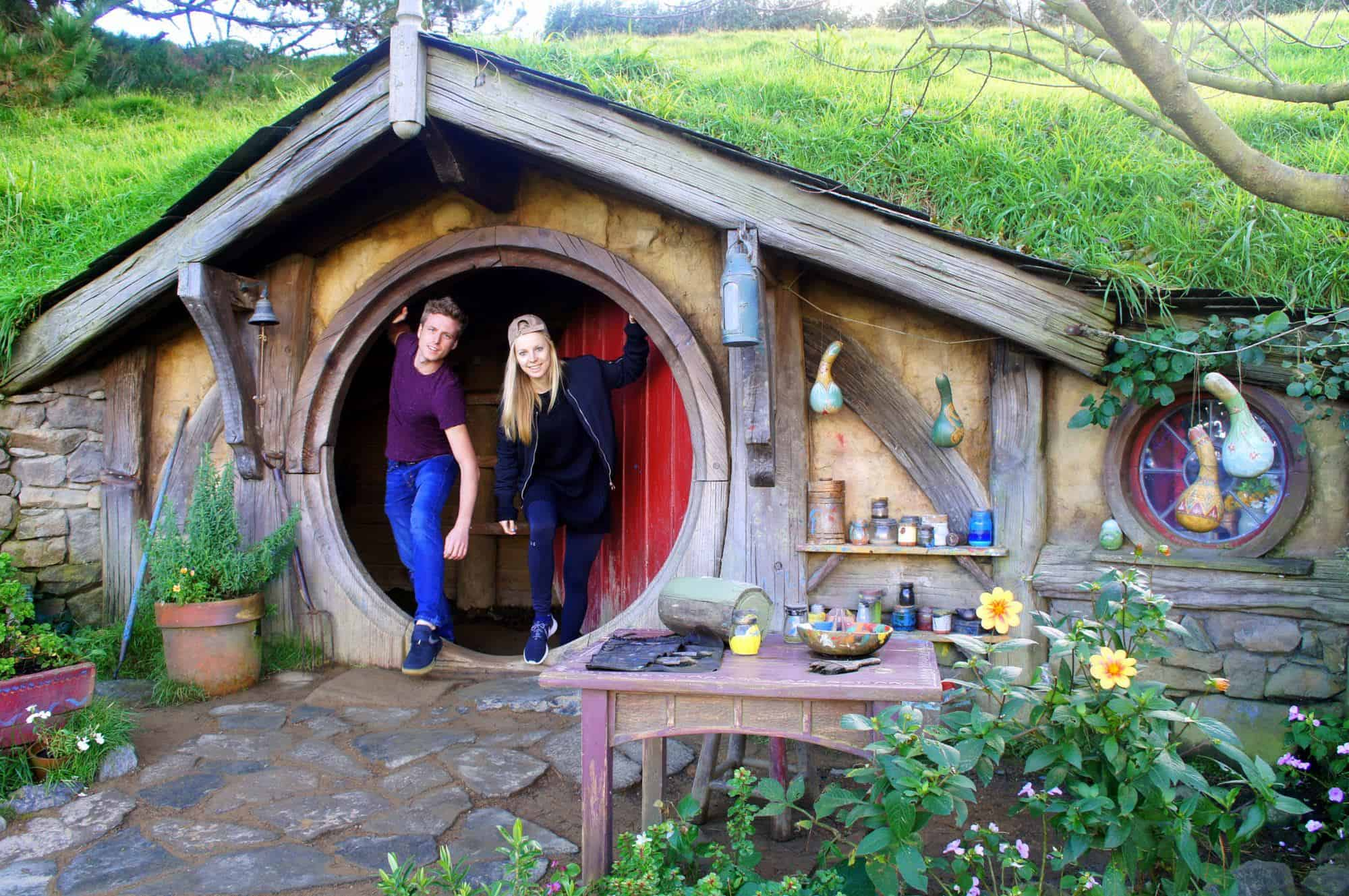Visiting-the-Hobbiton-New-Zealand