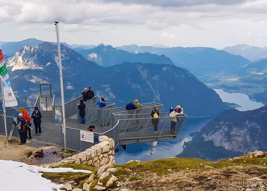 The 5 Fingers viewing platform atop Dachstein Krippenstein