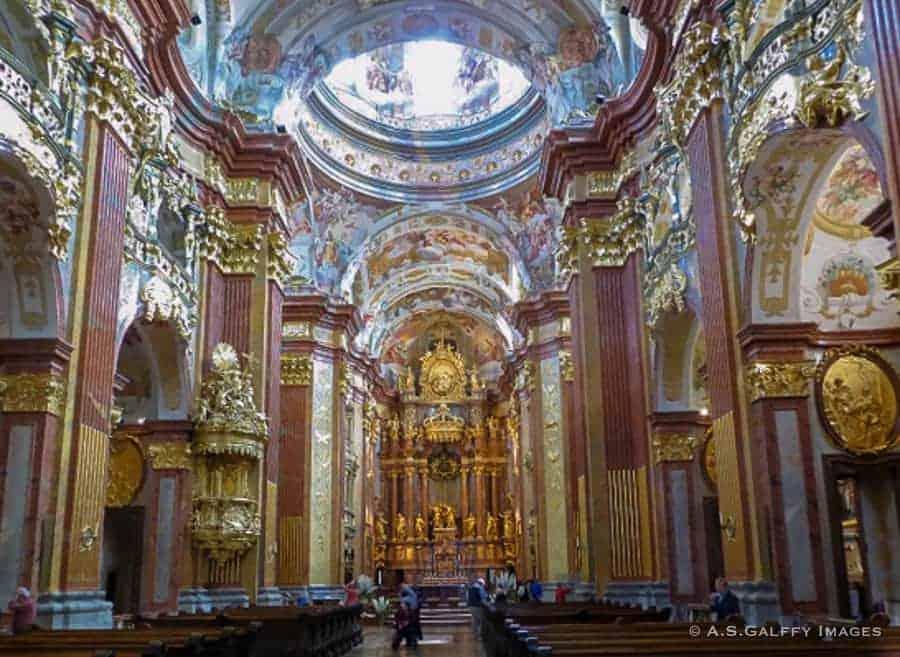 Melk Chapel Nave - Salzburg day trips