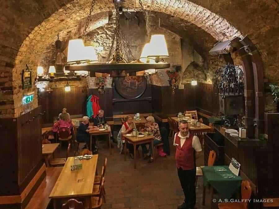 Twelve-apostle's Cellar in Vienna city center