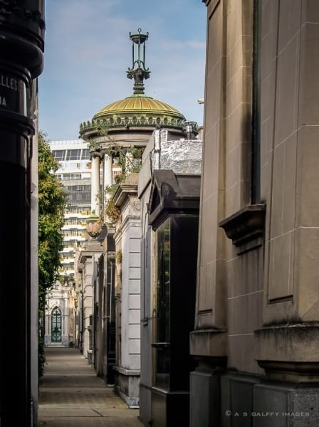 La Recoleta Cemetery: the Final Rest of the Rich and Famous