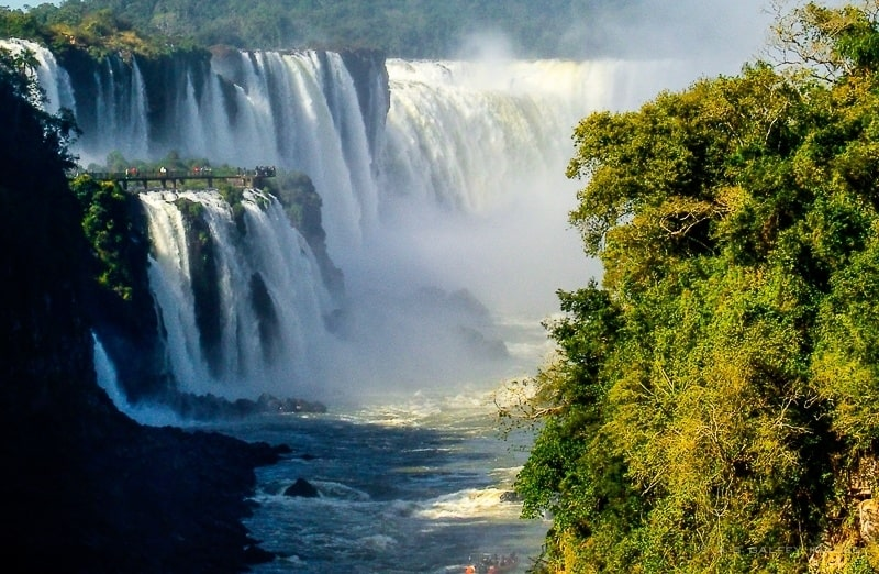 Mighty Iguazu – The Ultimate Guide to Visiting Iguazu Falls